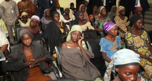 nigerian-parents-waiting-eagerly-to-meet-21-freed-chibok-girls-from-boko-haram